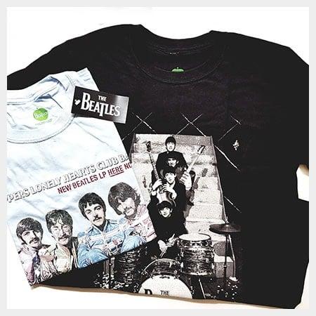 Bekleidung: T-Shirts