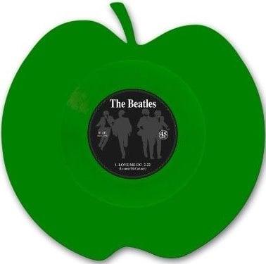 BEATLES: Single-Shape (Apple green): LOVE ME DO