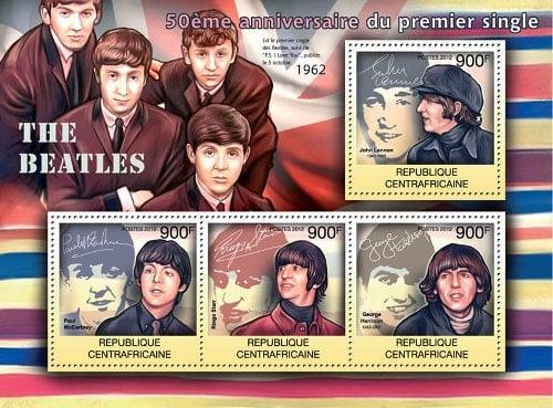 2012: 4 BEATLES-Briefmarken im Block aus Zentralafrika