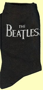 Socken WHITE LETTERING THE BEATLES HORIZONTAL ON BLACK