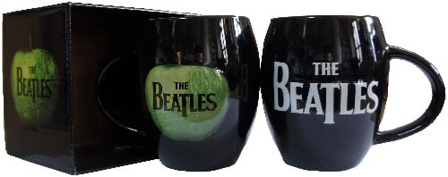 XXX-BEATLES-Kaffeebecher  LETTERING THE BEATLES WHITE ON BLACK
