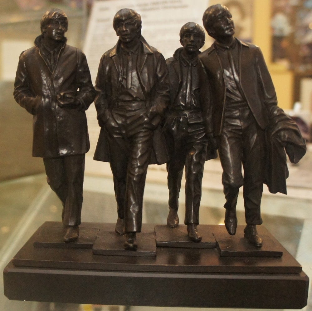 BEATLES-Bronze-Statuen (Liverpool)