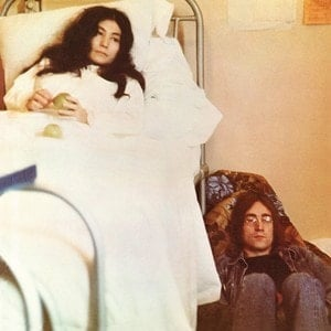 YOKO ONO & JOHN LENNON: Black-Vinyl-LP LIFE WITH THE LIONS