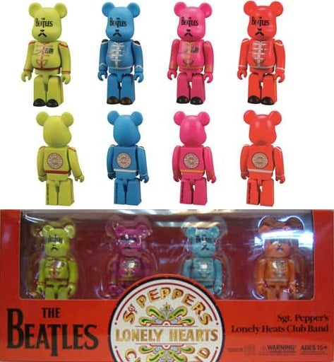 BEATLES: Figuren-Set SGT. PEPPER'S LONELY HEARTS CLUB BAND