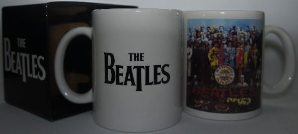 Kaffeebecher SGT. PEPPER COVER & LOGO THE BEATLES
